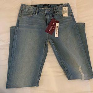 Vigors mid-rise light wash jeans